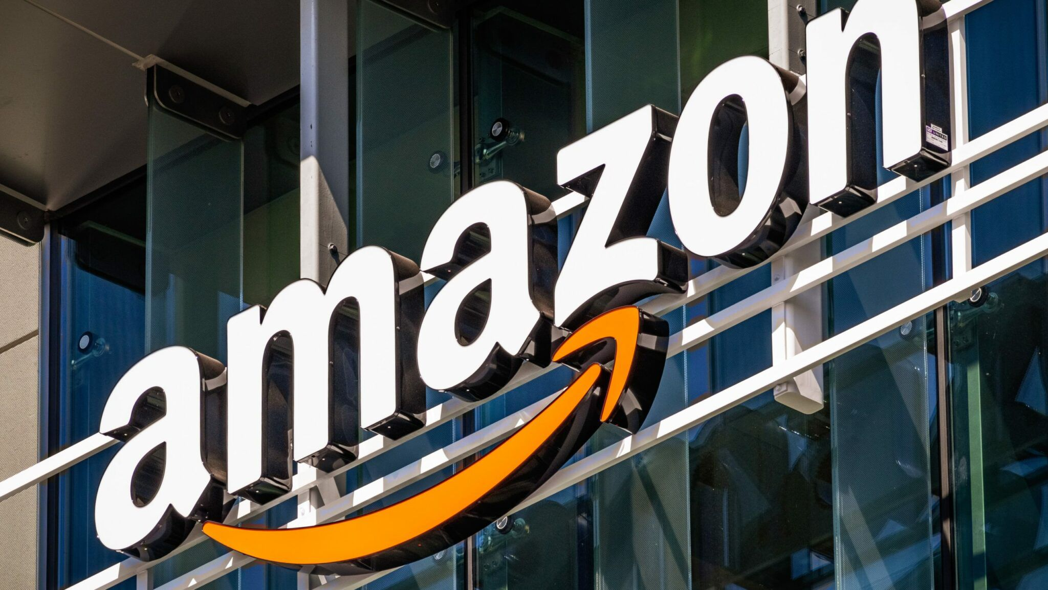 Average small business makes £300,000 on Amazon